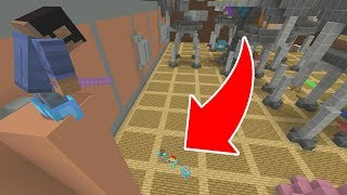 HOW TO TRICK SEEKERS IN HIDE AND SEEK! (Minecraft Xbox)