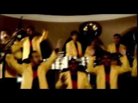 Waka Waka en versión Banda