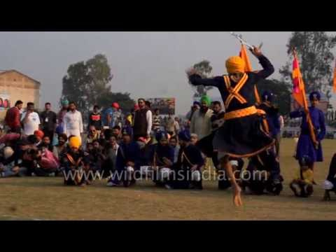 Martial arts of India: Gatka of the Sikhs, in slow motion