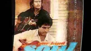 Watch Hall & Oates I