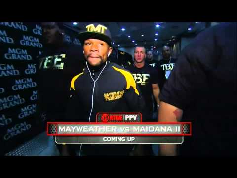 Mayweather Arrives to Take on Maidana