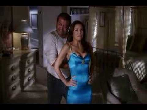Desperate Housewives - Gabrielle's Dress video