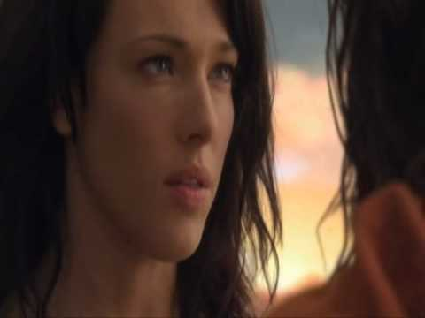 Spartacus: Blood and Sand - Spartacus & Sura