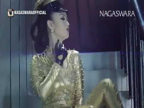 Zaskia Gotik - 1000 Alasan Remix Version Official Music Video HD Nagaswara