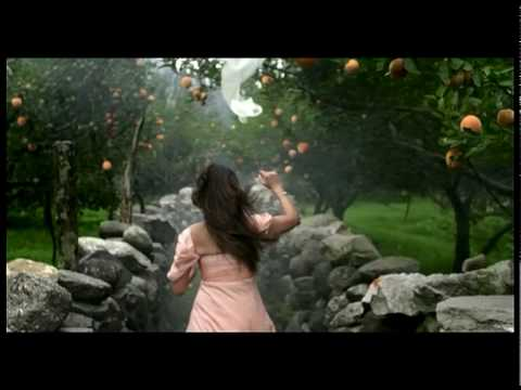 Santoor soap tv commercial - Apricot & Ho...