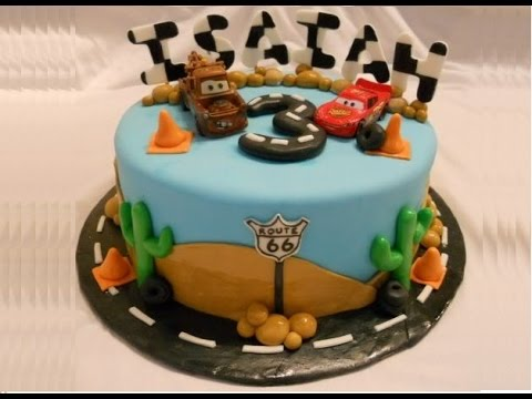 Torta Cars Disney Saetta McQueen . Fondant Cars Cake Lightning McQueen