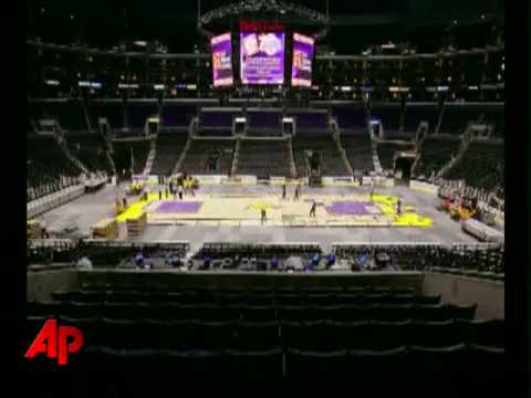 Video Essay: Quick Change at Staples Center