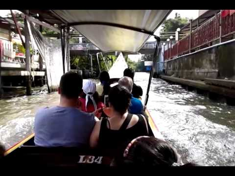 Floating market trip in bangkok