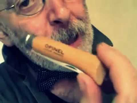 Mack the knife (for Mim's Razzle Dazzle Makai contest)