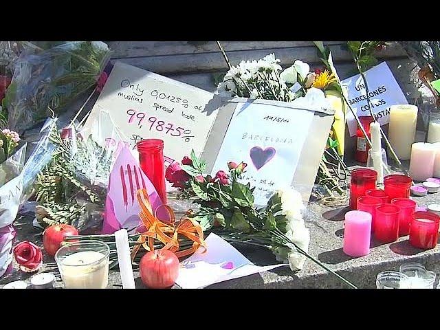Tourists return to Las Ramblas following terrorist attack in Barcelona