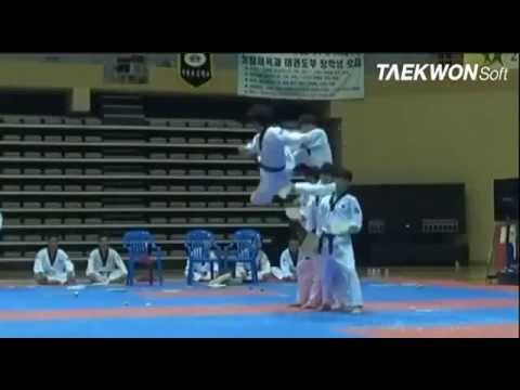 Taekwondo Hàn Quốc Biểu Diễn đẹp Tuyệt Vời ( Best Kick Taekwondo) video