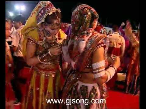 falguni pathak garba chapti bhari chokhagham ke gham ghantimare...
