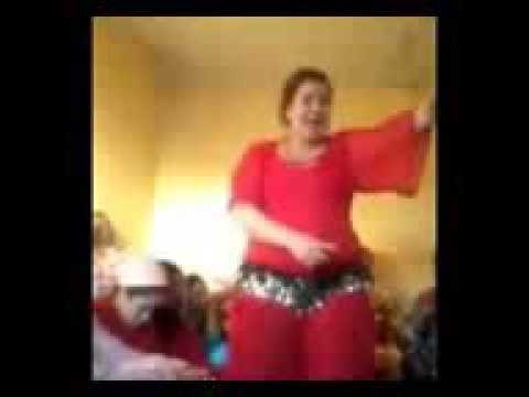 رقص مغربي شعبي وكلام فاحش chtih marocaine thumbnail