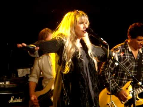 Stevie Nicks & Dave Grohl - Gold Dust Woman - Park City Live 2013