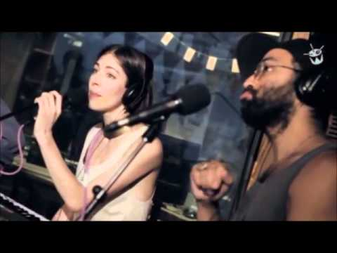 Chairlift - Party (Beyonce Cover)