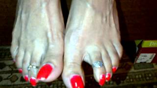 Mistress Mexi upclose toe wiggle. Femdom giantess long toenails