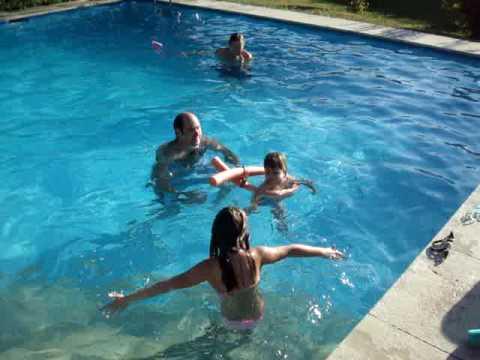 xvideos piscina nadando en la piscina youtube