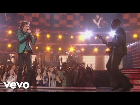 Music video by Mick Jagger featuring Raphael Saadiq performing Everybody Needs Somebody To Love (Performed LIVE at the 53rd Annual GRAMMY Awards). (C) 2011 T...