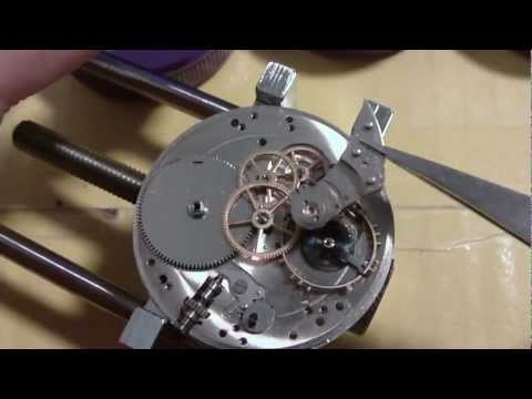 How I take apart a pocket watch. Hamilton 916