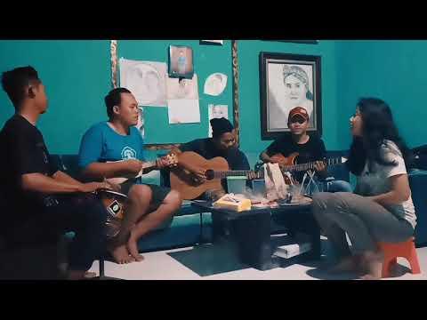 Download SELOW wahyu + AMBYAR xaluna + CERITA MASA LALU AKD band  Cover - ANALOG coustik Mp4 baru