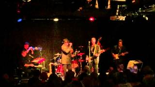 Watch Van Morrison Bulbs video