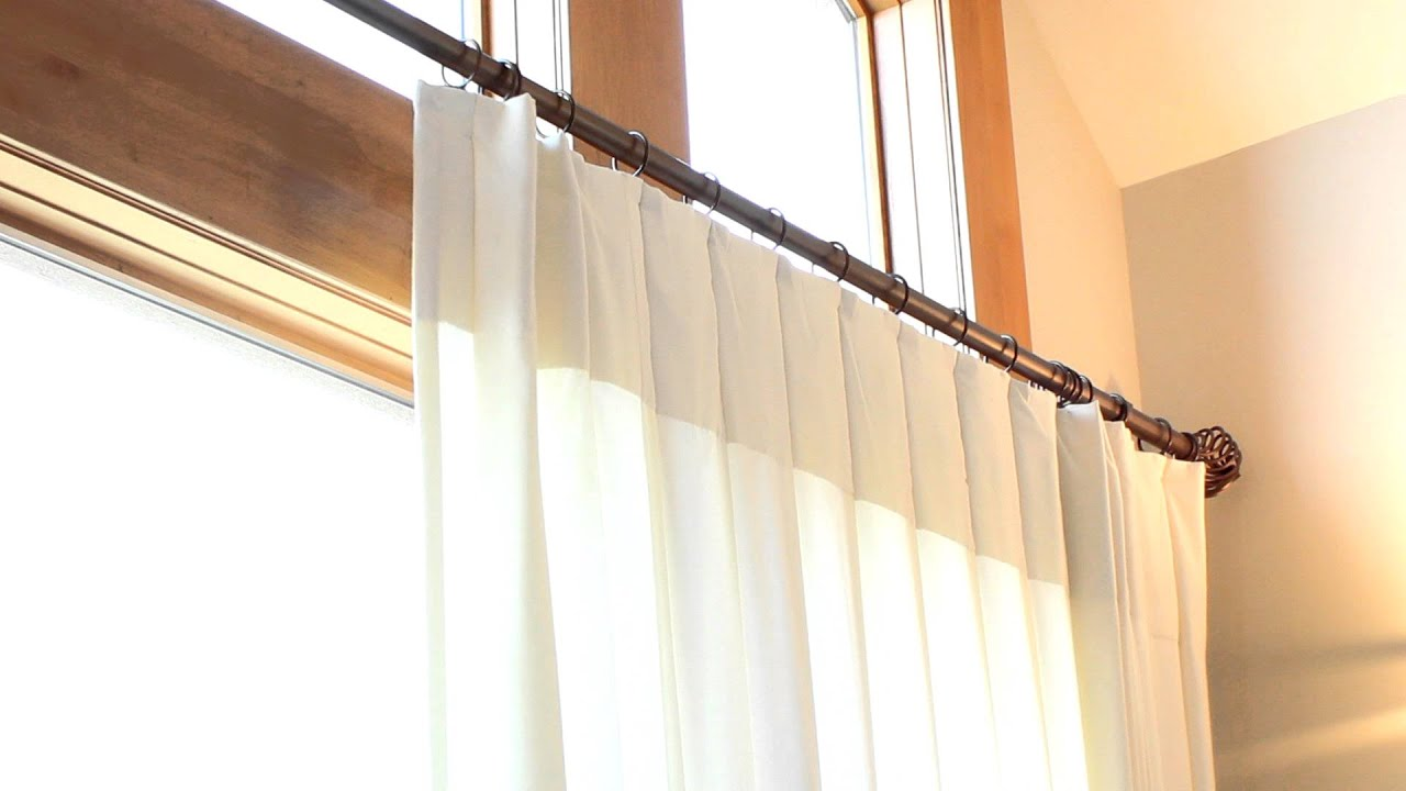 Curtain rod finial