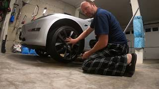 How to Change a Tire (Tesla Model 3 example)