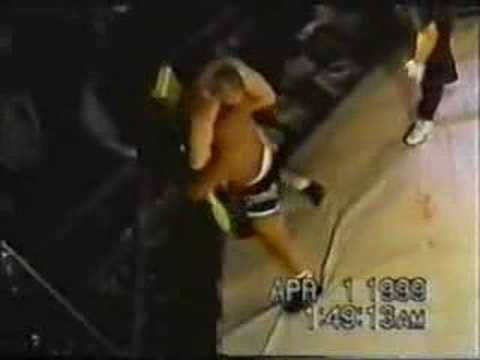 Chuck Liddell - 2 Rare Fights and He even Does a RNC Image 1