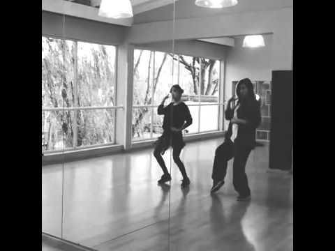 Мартина Штоссель танец