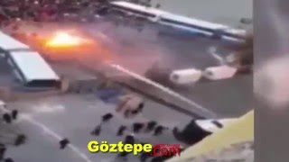 Göztepe-Altay Kapıların Kırma Anı - Goztepe Supporters, broke down the door of the stadium