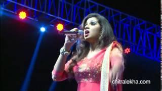 Shreya Ghoshal Nagada Sang Dhol Song Goliyon Ki Raasleela Ram Leela