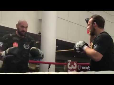 Tyson Fury EXPLOSIVE SPEED & POWER! Pad Workout
