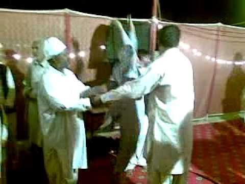 Qawwali On Sarkar Gaus E Paak A Peron On Haal . Ya Jilani Shain