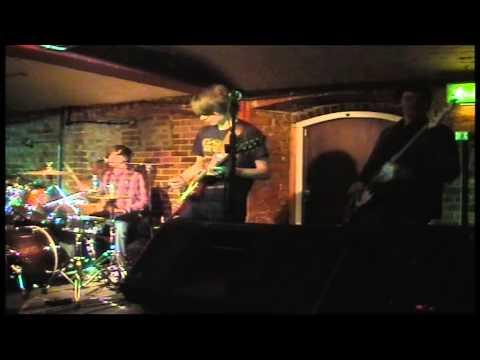 Fear the Earwig Live @ Cellar Bar, Bracknell- Celebrity