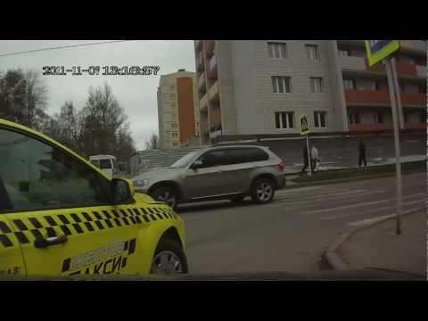 """Неадекватный водитель """"жёлтого такси"""". ДТП Смоленск"""