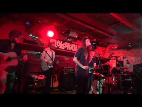 Intergalactic Lovers - Fade away - Live @ Molotow, Hamburg - 09/2013.