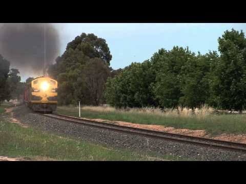 Australian Trains: Pota Train At Epsom  Mon 28 11 11 video