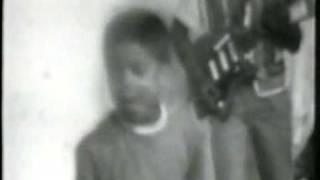 The Essential Michael Jackson - part 1の動画