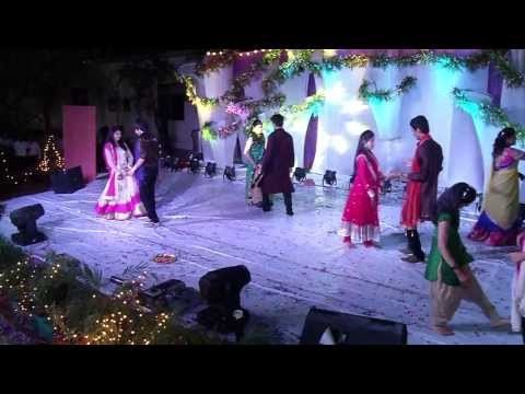Balle Balle - Boys Vs Girls Group Dance
