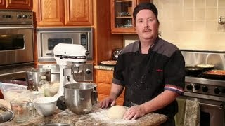 How to Make Pizza Crust Using Cornmeal : Tips for Making Pizza