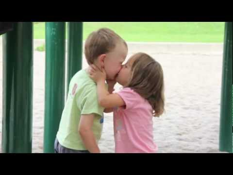 Kids First Kiss at the playground~