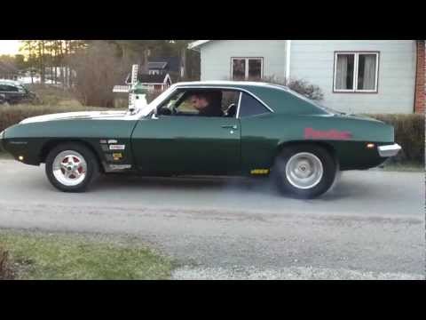 1969 Pontiac Firebird burnout
