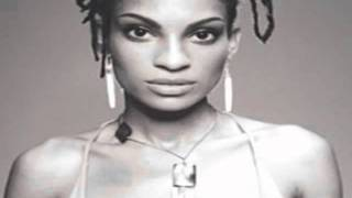 Watch Goapele First Love video