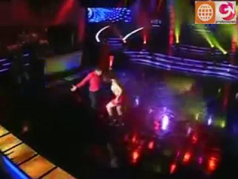 Maricielo Effio: Pop Latino - Candela ♫ (El Show de los Sueños, Amigos del Alma 2009)