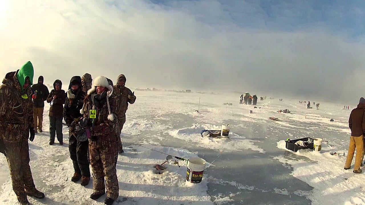 Brainerd minnesota jaycee s ice fishing tournament gull for Brainerd ice fishing