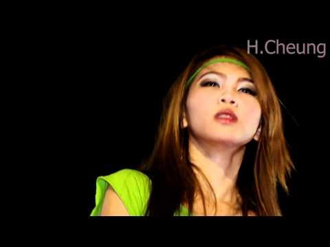 Pattaya Countdown 2012 – Sexy coyote dancer from Dec 29 2011 longer clip