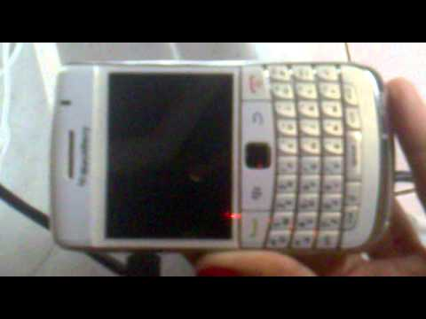 blackberry bold 9700 problem blinking red light