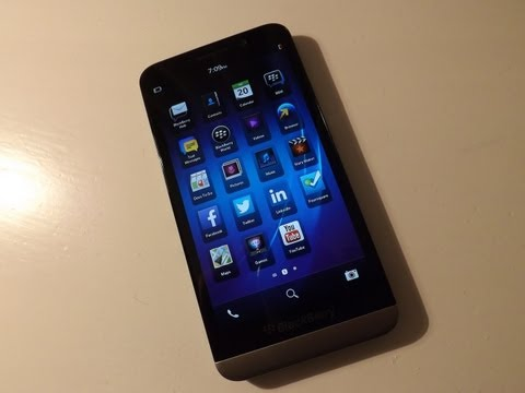 BlackBerry Z30 Unboxing Video
