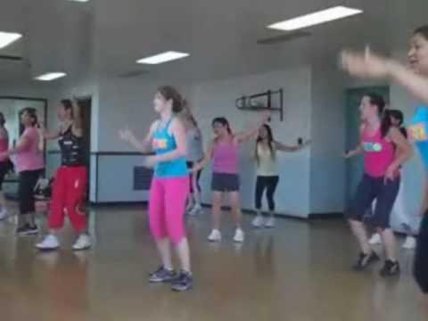 Waka Waka Zumba, Yongsan, Korea-- Shakira Let's All Dance For 1 Goal video