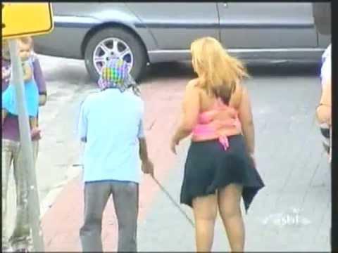 Mulheres Mijando Banheiro Masculino Filmvz Portal Bebadas